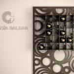 vista vertical del botellero metálico con diseño de círculos
